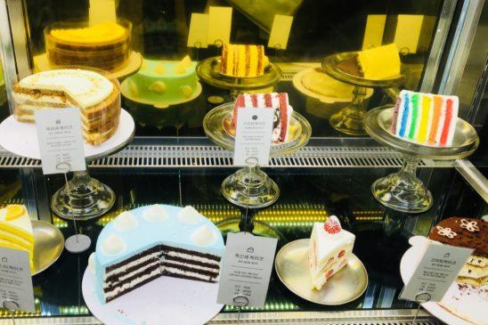 ケーキのショーケース